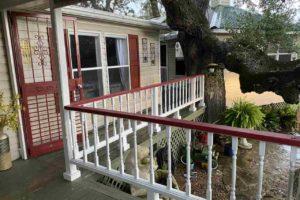2011 CR 118 Burnet TX 78611 exterior porch