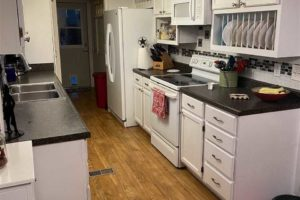 2011 CR 118 Burnet TX 78611 interior kitchen