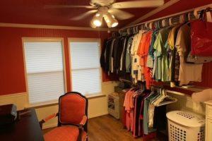 2011 CR 118 Burnet TX 78611 interior bonus room closet