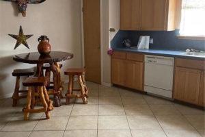 1701 Oak Street in Burnet TX kitchen and nook