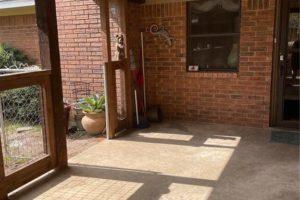 1701 Oak Street in Burnet TX exterior porch/patio