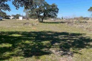 .75 acre land for sale TBD CR 130 in Burnet, TX