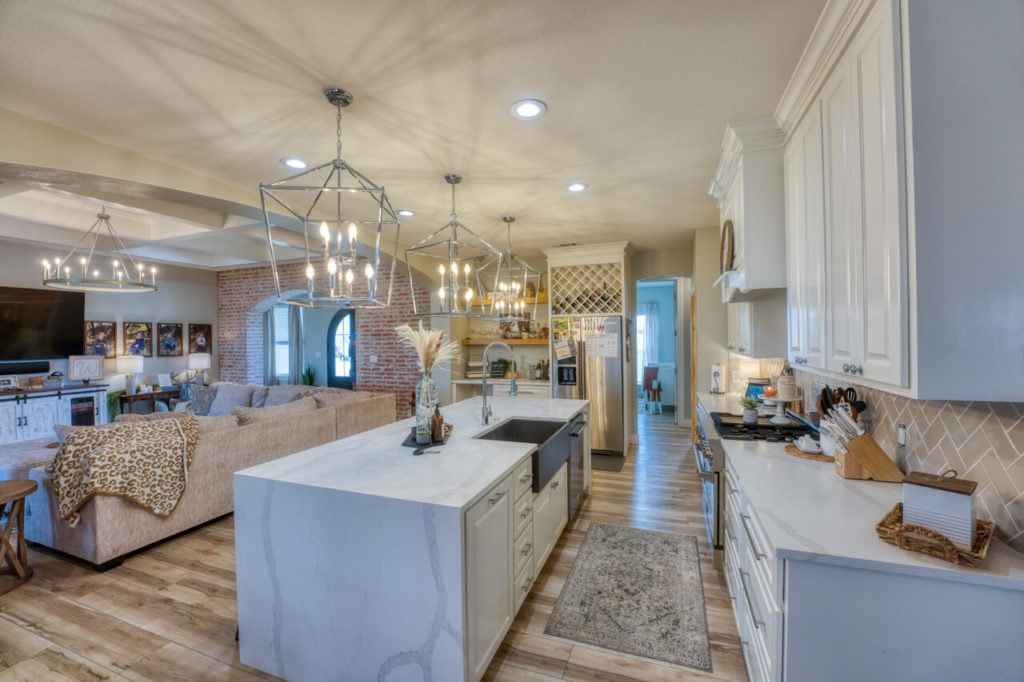 220 Rain Lily Ct. Burnet, TX kitchen