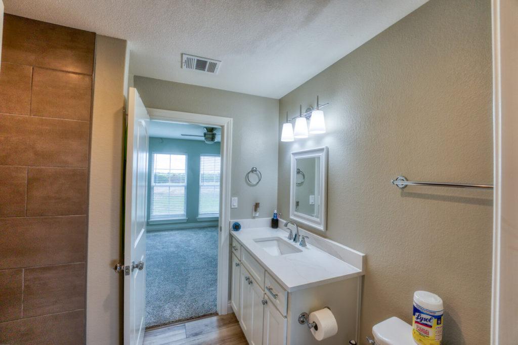 220 Rain Lily Ct. Burnet, TX bathroom